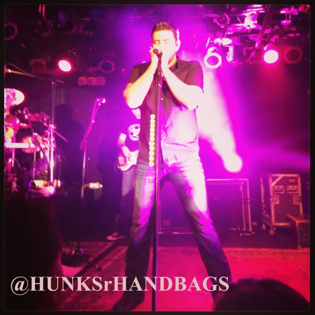 Chris Young Joe's Bar @HUNKSrHANDBAGS HUNKSrHANDBAGS Chicago