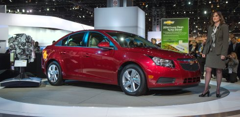 Chevy Cruze Clean Turbo Diesel Reveal 2014 Chicago Auto Show 2013 HUNKSrHANDBAGS