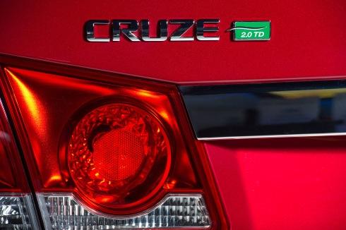 Chevy Cruze Clean Turbo Diesel Reveal 2014 Chicago Auto Show 2013 HUNKSrHANDBAGS.jpg